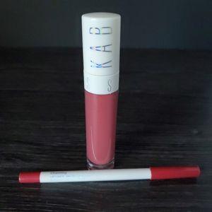 KAB lipgloss
